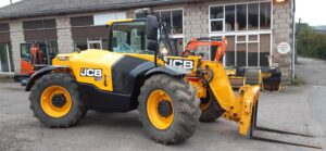 SOLD - 2016 ,66 Reg, JCB 526-56 Agri Plus,Hydraulic locking tool carrier carriage,Good Michelin tyres, 3750 hours, Very nice machine. - SOLD Image