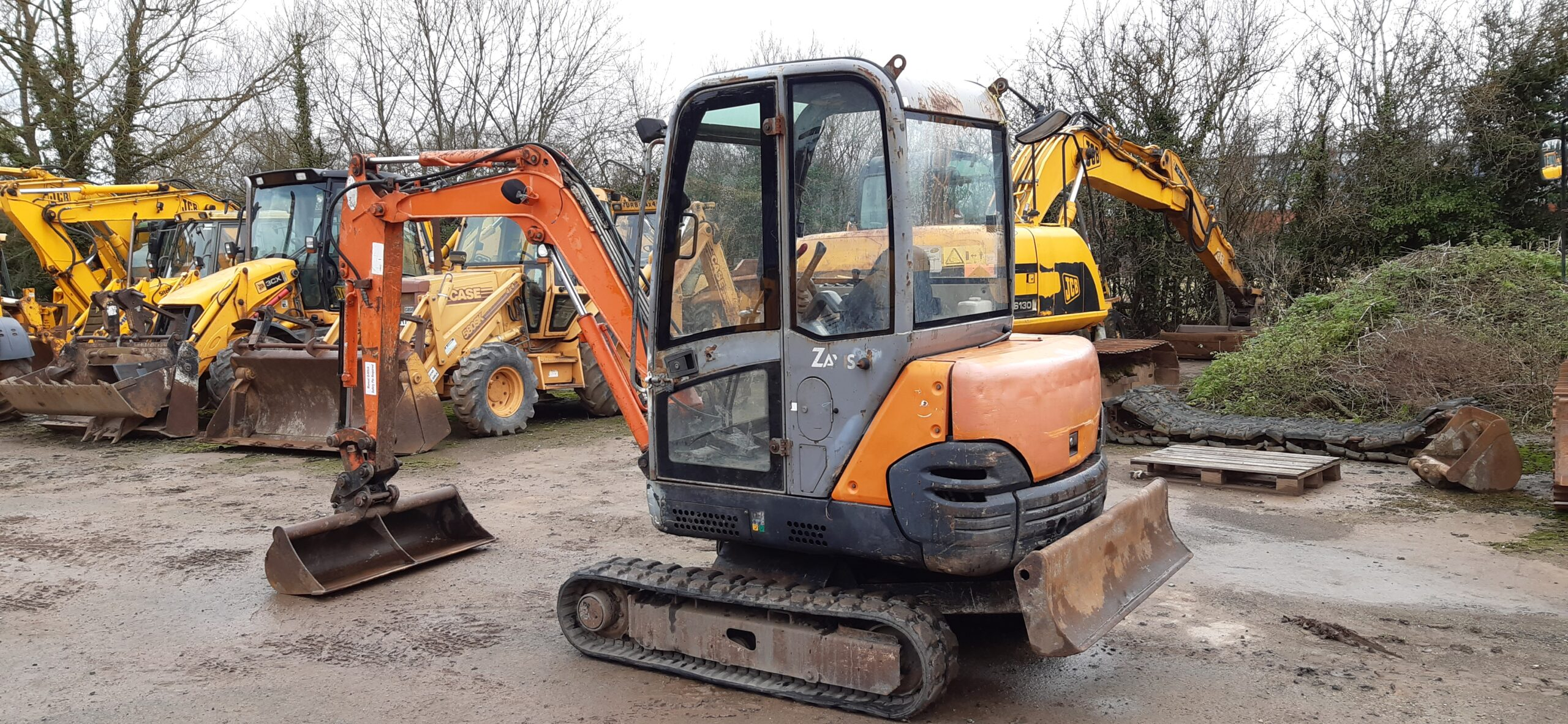 2007 Hitachi ZX25CLR,Manual Quick hitch,Good rubber tracks,4700 hours Image