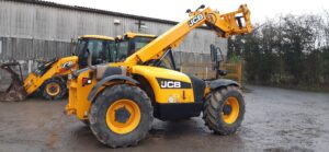 2012 JCB 526-56 Agri,Q-fit hydraulic locking carriage,Rear pickup hitch,4 x 4, 4 x Wheel steer,5800 hours Very nice machine for it