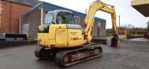 2007 New Holland E80MSR, Manual Quick hitch, Rubber tracks, 3700 hours Image